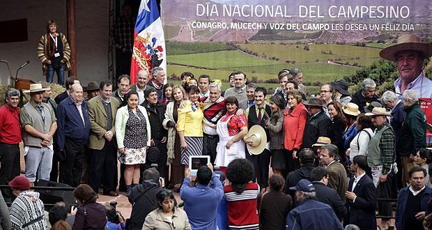 Presidente Piñera y Ministro Mayol encabezan celebración del Día del Campesino