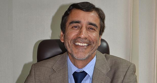 Aarón Cavieres asume como nuevo director ejecutivo de CONAF.