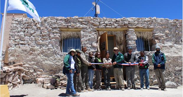 CONAF inauguró refugio para guardaparques en Salar de Tara de la Reserva Nacional Los Flamencos.