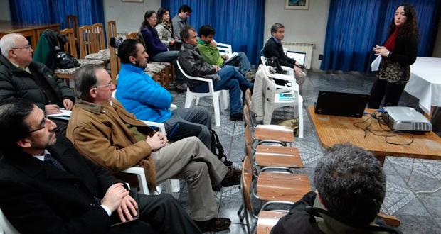 Directora Regional de CONAF encabezó Consejo Consultivo del Parque Nacional Torres del Paine.