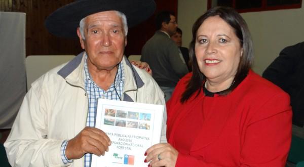 Seremi de agricultura de la región de O'Higgins, José Guajardo Reyes, valoró la forma de trabajo y la gestión de la actual directora regional de CONAF, Alba Garrido Jaque.