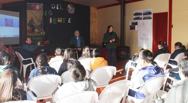 Estudiantes recibieron charlas sobre el cuidado y conservación de la naturaleza.