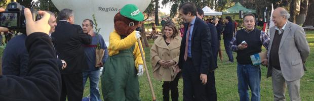 CONAF e INDAP firman convenio para fomentar actividad forestal