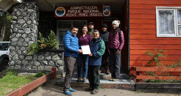 """En la administración del Parque Nacional Vicente Pérez Rosales se realizó la firma de acta de """"entrega de terreno"""""""