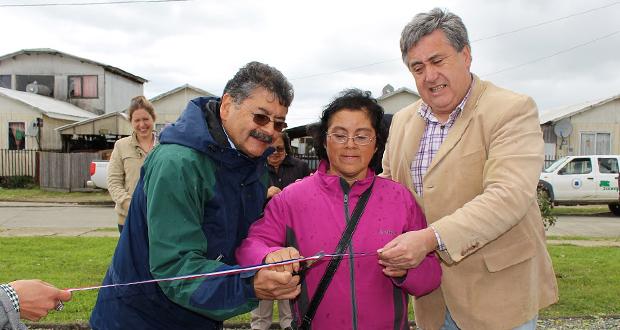 CONAF y municipio inauguran dos plazas en Los Muermos