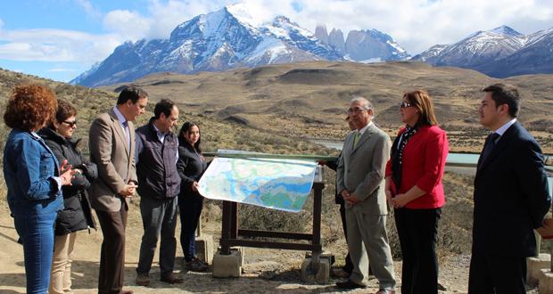 Diversas autoridades regionales dieron inicio al Plan de Fiscalizaciones Integrales en el Parque Nacional Torres del Paine.