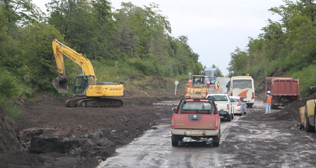 Ruta CH-225 estuvo cortada en tres tramos.