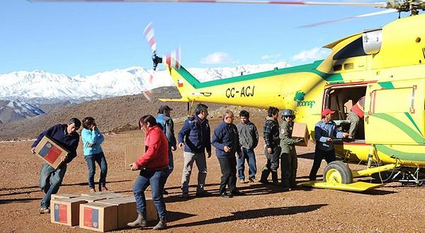 Sólo en el primer día de labor, el viernes pasado, se transportó alimentos a 98 familias de las localidades de La Huerta, Minillas, Romeral y El Sauce, de la comuna de Río Hurtado.