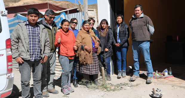 CONAF acompañó asimismo a la Consultora Precordillera Sustentable, en una pawa o rogativa aymara, oficiada por la qulliri Luisa Gutiérrez,  por el buen desarrollo de la tarea encomendada.