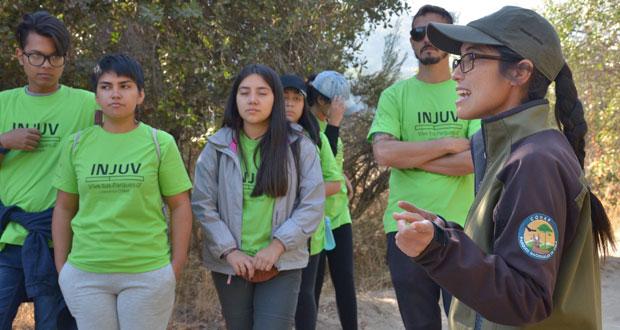 El programa tiene como finalidad realizar jornadas de educación e interpretación del patrimonio ambiental en unidades del Sistema Nacional de Áreas Silvestres Protegidas del Estado (SNASPE), en todas las regiones del país, con jóvenes de enseñanza media.