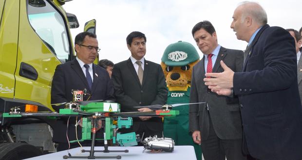 La ceremonia fue encabezada por el intendente Jorge Martínez, el presidente del consejo regional, Percy Marín, y el director ejecutivo de CONAF, José Manuel Rebolledo.