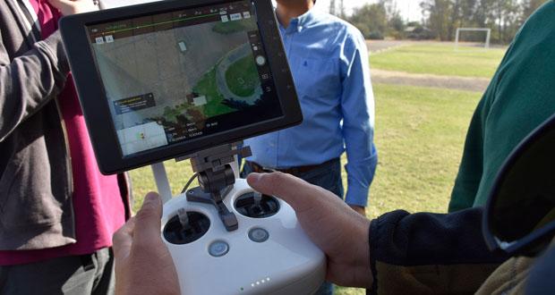 El trabajo con drones en CONAF se viene realizando desde el 2016 y ya hay 46 profesionales capacitados y acreditados.