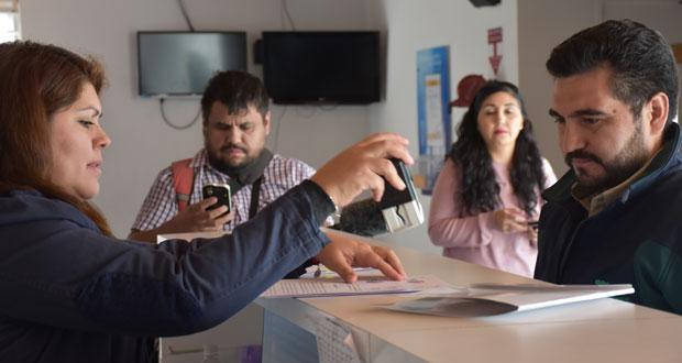 Hasta las dependencias de la Fiscalía Local de Calama llegó el director de CONAF Región de Antofagasta, Cristián Salas Papasideris, para realizar la denuncia.