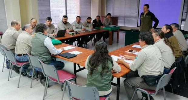 Gerente de Áreas Silvestres Protegidas de CONAF, Richard Torres, expone en la segunda reunión de este año del Consejo Nacional de Guardaparques.