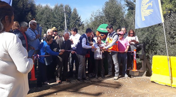 Ceremonia de apertura de los puentes Seguel y Gallegos.