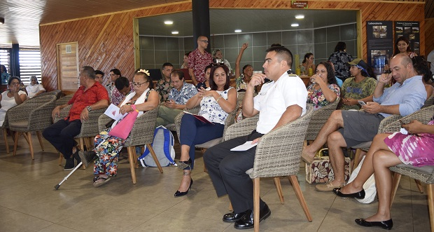 En total, participaron más de 45 representantes de la comunidad, autoridades y líderes de opinión de la isla.